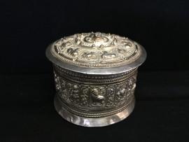 Round box no. 388
