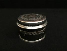 Round copper box no. 70