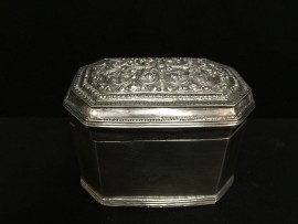 Plain octagonal limebox no. 10