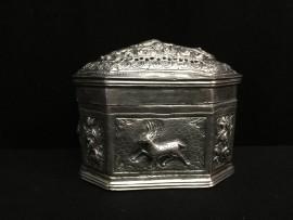 Decorated box no. 285